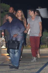 mariah-carey-bryan-23may17-02 (1)