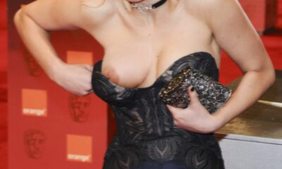 Jennifer-Lawrence-nude-oops-wardrobe-malfunction