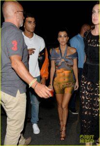 kourtney-kardashian-younes-bendjima-cannes-club-late-night-05