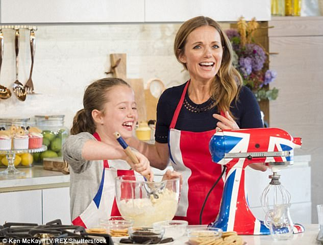 45D863AC00000578-5033517-Not_spoilt_Bluebell_11_L_who_wowed_viewers_with_her_cooking_skil-a-2_1509414696418