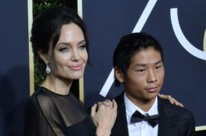 Angelina-Jolie-brings-son-Pax-to-2018-Golden-Globes