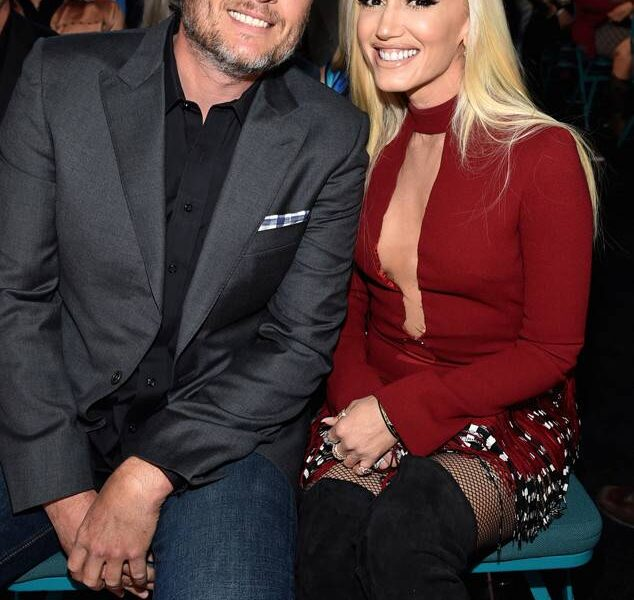 rs_634x1024-180415183543-634.gwen-stefani-blake-shelton-academy-country-music-awards-2018.ct.041518