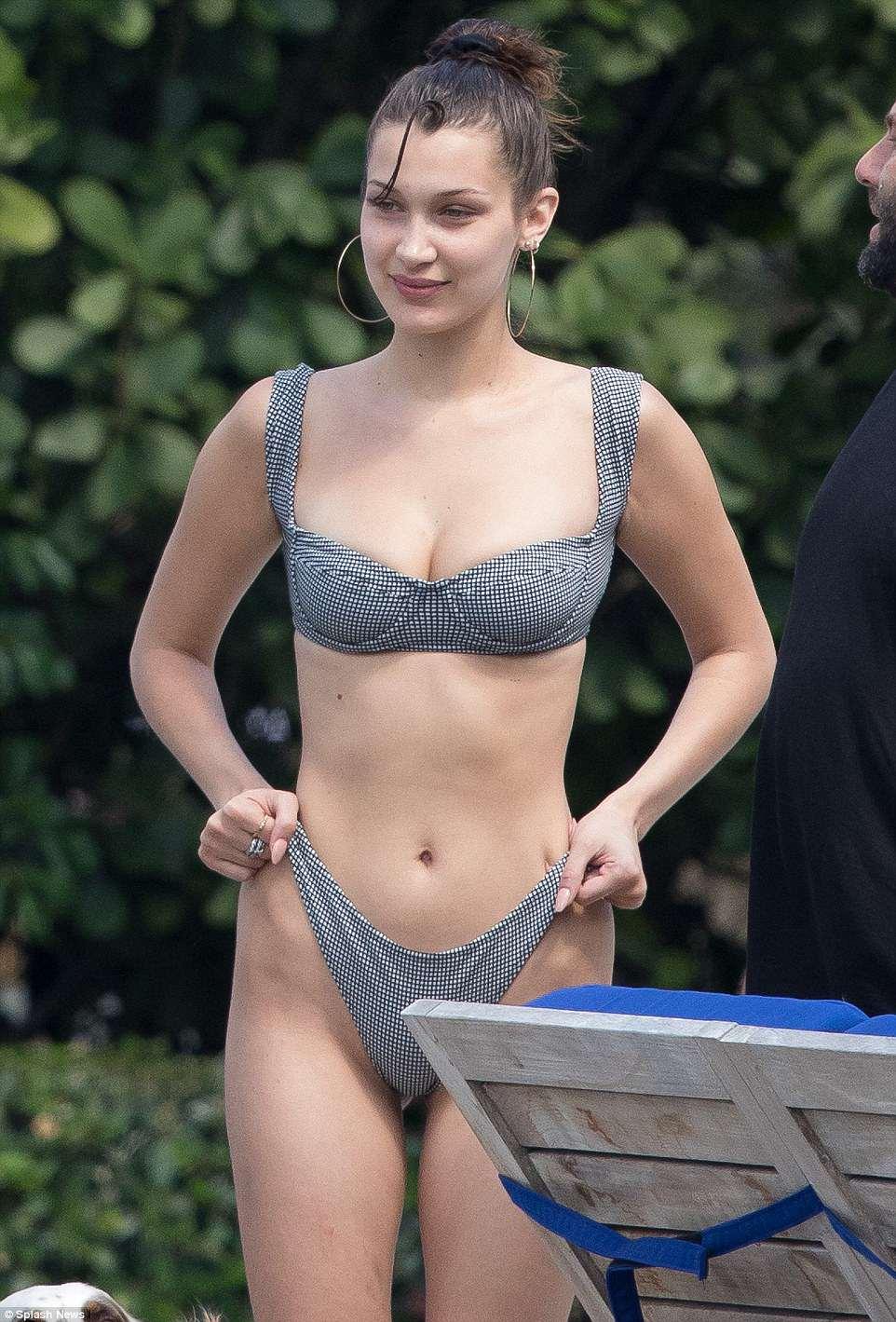 4BB644C400000578-5675773-Ready_to_take_a_dive_Bella_Hadid_was_back_in_a_bikini_on_Monday_-a-1_1525157503236